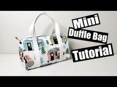 Sewing tutorials, make up bag, purse, carseat poncho Duffle Bag Patterns, Bag Patterns To Sew, Sewing Patterns, Diy Duffle Bag, Bag Sewing, Bag Pattern Free, Sewing Tutorials, Sewing Ideas, Sewing Projects