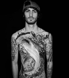 I'm not crazy about this style but I would in half a heartbeat cover my body with a hammerhead like this.