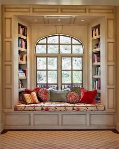 oh a window seat, that's something else i would want in my dream house. a kitchen island, a window seat. ya know, fun stuff Traditional Windows, Traditional Benches, Traditional Ideas, Sweet Home, Cozy Nook, Cozy Corner, Bed Nook, Alcove Bed, Home Libraries