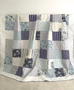 Patchwork King Quilt w/ Floral Prints Shades of Purple Purple Pale Blue White Baby Girl Quilts, Girls Quilts, Purple Quilts, White Quilts, History Of Quilting, Whole Cloth Quilts, Quilt Batting, Quilted Pillow, Easy Quilts