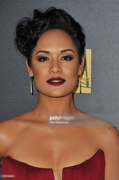 Grace Gealey's hair and makeup at the 2016 Golden Globe Awards. Getty Images