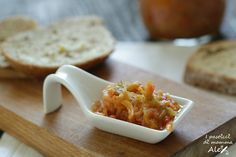 La Giardiniera in agrodolce è una conserva preparata nei mesi estivi, ottima per accompagnare formaggi freschi, per farcire panini, piadine, toast.