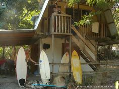 The best surf shack. and such a sweet little home. Surf Shack, Little Houses, Surfboard, Sailing, Cabin, Adventure, House Styles, Places, Travel