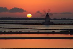 #Sunset at #Marsala #Salt Pans, #Sicily (Saline Marsala) http://www.bebtrapanigranveliero.it/