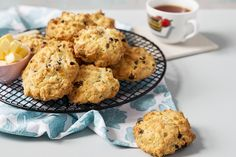 Rock Buns Odlums Recipes, Irish Recipes, Coconut Buns, Coconut Flour, Types Of Pastry, Bun Recipe, Baking With Kids, Christmas Cooking, Dried Fruit