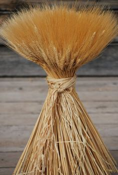 Extra Large Wheat Sheaves - Beautiful wedding centerpiece ideas from drieddecor.com