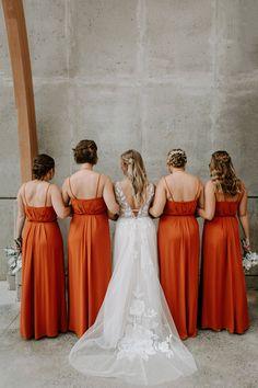 Bridesmaid Dresses, Wedding Dresses, Amanda, Hair, Fashion, Bridesmade Dresses, Bride Dresses, Moda, Bridal Gowns