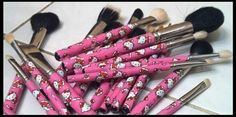 Hello Kitty Makeup Brushes<3