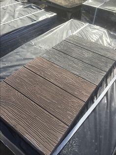 Poured Concrete Patio, Concrete Stepping Stones, Patio Slabs, Concrete Walkway, Concrete Forms, Concrete Wood, Floor Molding, Brick Molding, Diy Molding