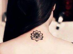 Fotos de pequeños tatuajes en la nuca - Batanga