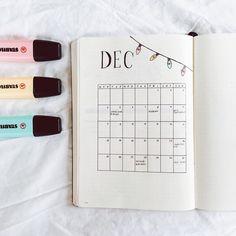 Bullet journal monthly calendar, bullet journal grid calendar, Christmas drawings, Christmas lights drawing. @journalbeanie