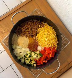 Mexikanische One-Pot-Pasta - nur ein Topf + verzehrfertig in 25 Min. (schönes Rezept & schöne Rezeptseite von vegan-und-lecker.de)