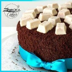 Nadie mejor que @zanahoriacakes para las tortas de tu negocio o eventos corporativos y familiares.  sorprende a tu príncipe azul  ! Esta mini choco es perfecta para ganarte unos  cuantos puntos Síguela;  @zanahoriacakes @zanahoriacakes @zanahoriacakes.  #publicidad @publiciudadmcy.  #zanahoriacakes #torta #postres #chocolate #bombon  #igersmaracay #maracay #somosviejosenlarama #nuevosenredes #tortas #reposteria #repostera #eventos #fiestas #pedidos