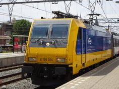 Intercity at Amsterdam Central 2015