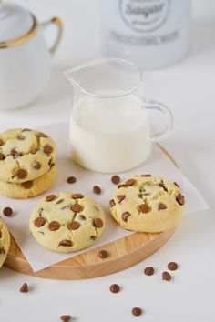 Cookies de leite condensado e chocolate – Flamboesa Brownies, Whoopie Pies, Scones, Food Styling, Glass Of Milk, Cookie Recipes, Cereal, Food And Drink, Pudding