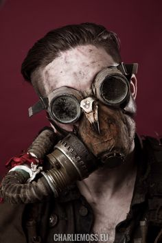 Post apocalyptic mad max inspired goggles and gas mask by Dust Monkey https://www.facebook.com/Dust-Monkey-885306338184194/
