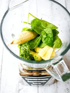 This antioxidant-rich smoothie is the perfect refreshing beverage day or night to revitalize you. Getting your daily dose of fruits and veggies can be a tough task. That's why a quick smoothie is the ultimate way to load up on superfoods that balance the body. You can think of it as a jumpstart that's both … Fruits And Veggies, Vegetables, Matcha Smoothie, Refreshing Drinks, Superfoods, Real Food Recipes, Spinach, Beverages, Canning