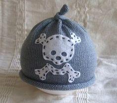 baby skull hat!