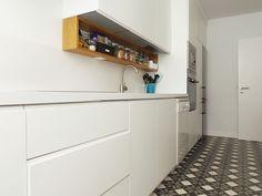 Casa da Rita e do Pedro #final #photography #kitchen #upcycled #storage #homedecor #cooking #furniture #interiors #interiordesign #homeinspiration #details #homesweethome #homestoriespt #umaobraumahistória