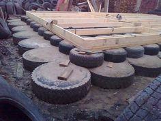 Как сделать фундамент из покрышек . Любому возводимому зданию, большому многоэтажному или небольшой бане, нужно крепкое основание, которым является фундамент