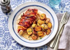 If you need a break from chicken tenders, try this no-fuss, kid-friendly meal that will also please the adults around the table. The creamy sauce is a delicious companion to the chicken and potatoes, and it can be used as a salad dressing as well. Bacon Wrapped Chicken, Chicken Bacon, Chicken Sauce, Turkey Bacon, Chicken Wraps, Chicken Ideas, Chicken Sandwich, Breast Recipe, Baked Chicken Recipes