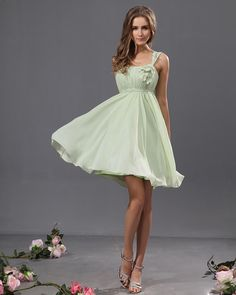 Sleeveless Knee Length Chiffon A-line Bridesmaid Dress With Hand Made Flowers