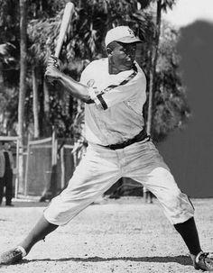 Jackie Robinson. Shoeless Joe Jackson. Sandy Koufax. Moose Skowron. Babe Ruth.