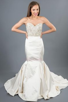VOWS Bridal offers a curated collection of designer special order wedding gowns and off the rack wedding dress samples. Vows Bridal, Bridal Gowns, Wedding Gowns, Brides And Bridesmaids, Bridesmaid Dresses, Designer Wedding Dresses, Stylists, Formal Dresses, Trumpet