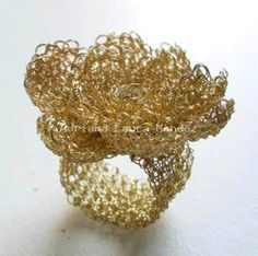 Χειροποίητα Κοσμήματα πλέκω από Adriana Laura Mendez    Όμορφη πλέκω Stuff
