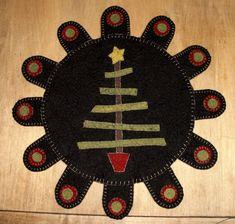 Stick Christmas Tree Penny Rug E-Pattern