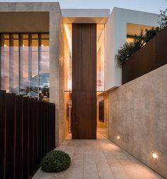 casa-en-mallorca-negres-studio | @interioresminimalistas | #marmol #travertino #design #architecture