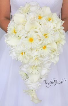 Cascading Davids Bridal Wedding Bouquet with daisies and calla lilies in cascading teardrop bouquet