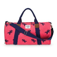 Sloane Ranger's fully lined canvas lobster duffle is a classic yet modern bag that is perfect for your weekend getaways.Sloane Ranger is brand tha...