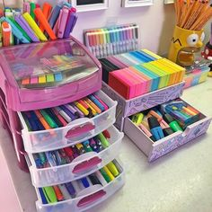 41 amazingly creative ideas to organize your craft room (can inspire 11 16 Study Room Decor, Cute Room Decor, Bedroom Decor, School Stationery, Cute Stationery, Cute School Supplies, School Organization, Craft Storage, Diy And Crafts