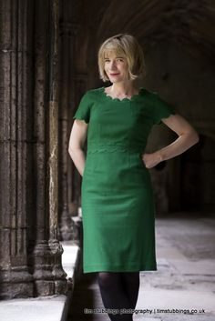 The lovely Lucy Worsley photographed in Canterbury Cathedral Dr Lucy Worsley, Canterbury Cathedral, Love Lucy, Tv Presenters, I Love Girls, Fashion Essentials, Photography Women, Pretty Woman, Style Icons