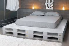 White Pallets bed amazing