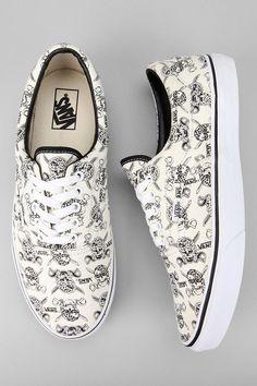 PIRATE  Vans Van Doren Era White Skulls Sneaker