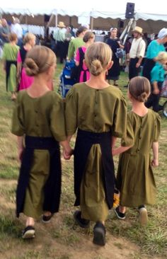 7 Things Every Amish Girl Knows How to Do | Lydia Glick