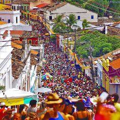 Marque os amigos e avise que faltam 45 dias para o melhor carnaval do mundo 🎊🎉 ' 👉 Use a hashtag #PernambucoemFoco ✌😉 ' 📷 de @maxlevay 👏👏 ' ' ' ' ' #BoaNoite #Carnaval #Frevo #Olinda #Pernambuco #Nordeste #Brasil #carnival #Recife #tourism #architecture #travel #riodejaneiro #saopaulo #GalodaMadrugada #Portugal #DiariodePernambuco #EuCurtoRecife #argentina #caruaru #petrolina #history #party #colours #landscape #portodegalinhas #minasgerais #bahia #turismo