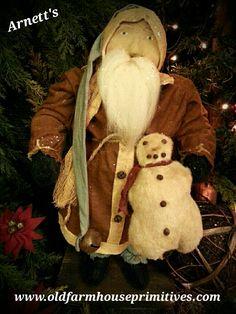 #JC15 Arnett's Primitive  Medium Jolly Fat Santa With Snowman (Made In USA)