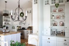 Canadian Cottage - Holly Mathis Interiors