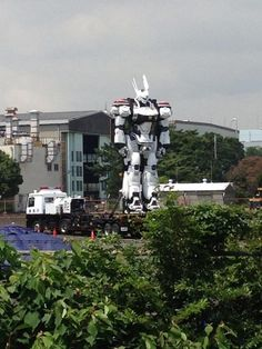 Full Size PATLABOR Mecha Spotted En Route To Live-Action Filming