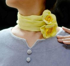 Gorgeous light yellow silk neckerchief with elegent roses Light Blue Flowers, Yellow Flowers, Bow Tie Collar, Fabric Necklace, Scarf Jewelry, Jewellery, Neckerchiefs, Refashion, Fabric Flowers