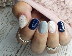 White Short Nails, White And Silver Nails, Silver Nail Art, Blue Acrylic Nails, Blue Nail Designs, Short Nail Designs, Christmas Gel Nails, Baby Blue Nails, Mani Pedi