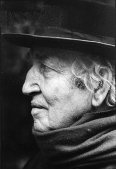 Robert Graves (1895-1995) was an English poet, scholar/translator/writer of antiquity specializing in Classical Greece and Rome, and novelist. During his long life he produced more than 140 works. Graves was awarded the 1934 James Tait Black Memorial Prize for both I, Claudius and Claudius the God.