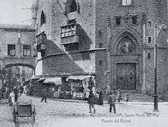 El pont de Santa Maria, que unia la basílica de Santa Maria i el palau reial, i que va perdurar parcialment fins a la dècada dels vuitanta del segle passat