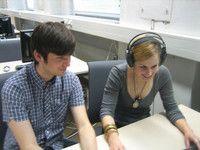 Maschinelle Sprachverarbeitung (B.Sc.) Universität Stuttgart Sprache mit einem Interesse an Naturwissenschaft und Technik verbinden - Die Fähigkeit, mit Hilfe von Sprache zu kommunizieren, ist eine der erstaunlichsten Eigenschaften des Menschen. Gegenstand des Studiums sind menschliche Sprachen wie Deutsch und Englisch und deren Verarbeitung mit dem Computer. Im Rahmen der Informationstechnologie ist das Fach also an der Schnittstelle zwischen Mensch und Maschine angesiedelt.