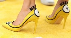 Sandra Bullock rocking these Minions heals during US premiere Sandra Bullock, Sandro, High Heel Pumps, Women's Pumps, Stilettos, New Shoes, Shoes Heels, Crazy Shoes, Minion Shoes