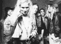 Some lovely Mother Love Bone for the viewing. Love Band, Cool Bands, Andrew Wood, Jeff Ament, Grunge Guys, 90s Grunge, Temple Of The Dog, Alice In Chains, Love Me Like