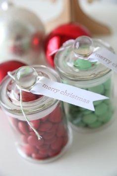Little jars for favours
